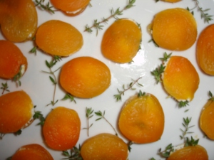 Apricots Stuffed with Goat Cheese and Thyme