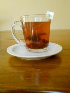 Green Tea with Frozen Berries