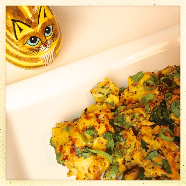 Scrambled Eggs with Turmeric and Black Pepper