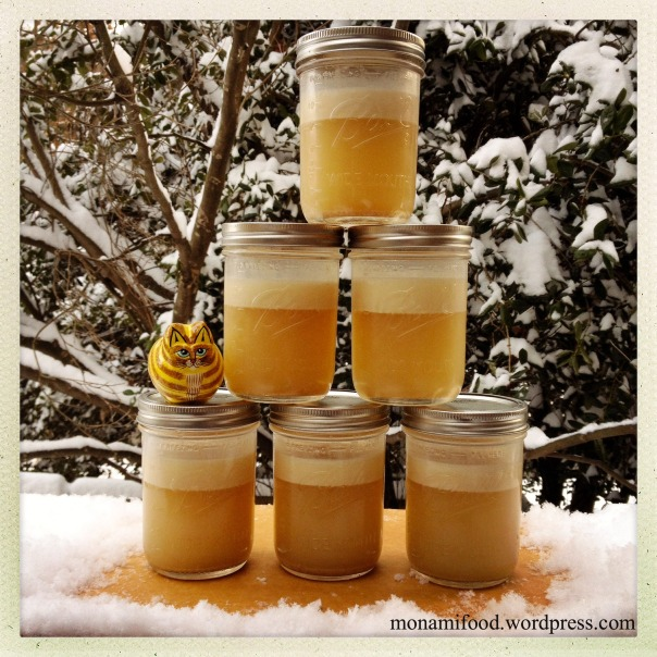 How to Make a Great Chicken Broth or Stock - monamifood.wordpress.com